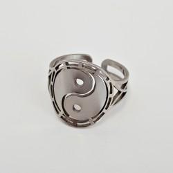 Ring Yin Yang...